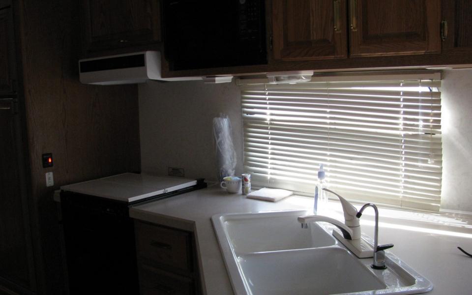 Kit Fox Dreamer Kitchen – rental
